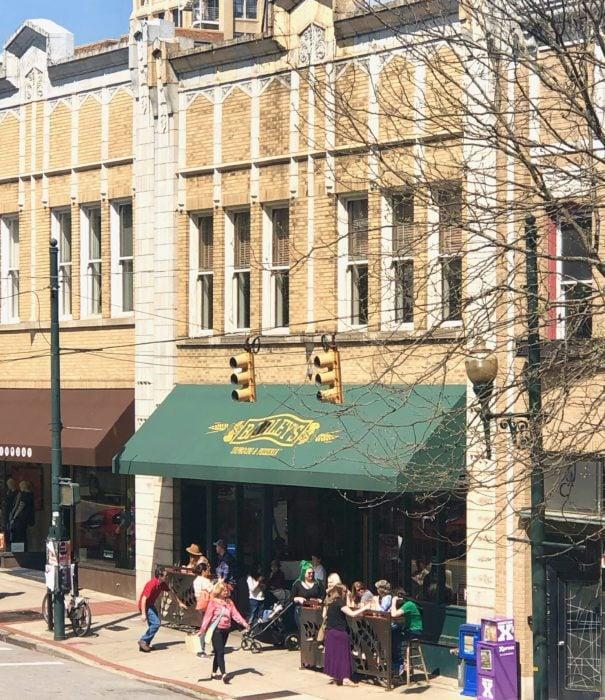 Barley's taproom pizza parlor in Asheville