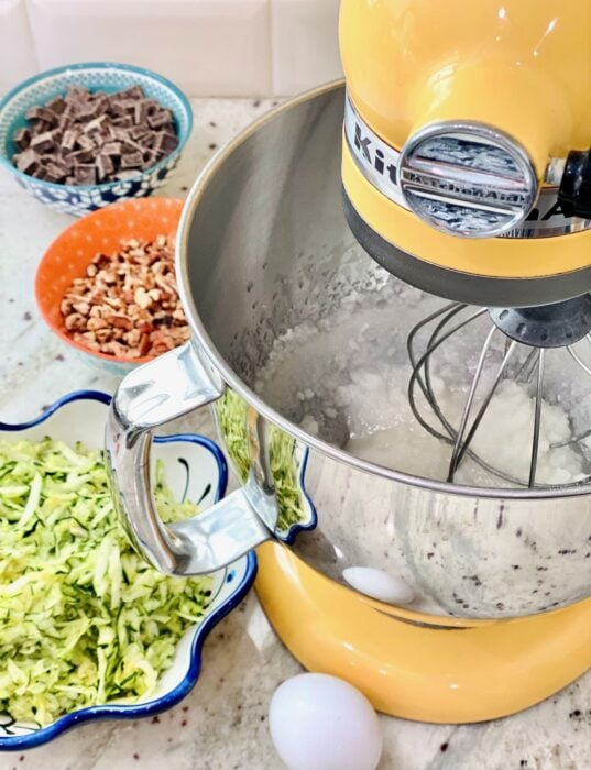 mixer blended sugar and oil together.
