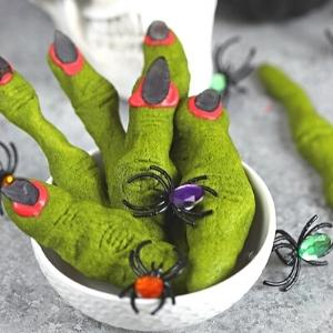 witch finger shortbread cookies for halloween.