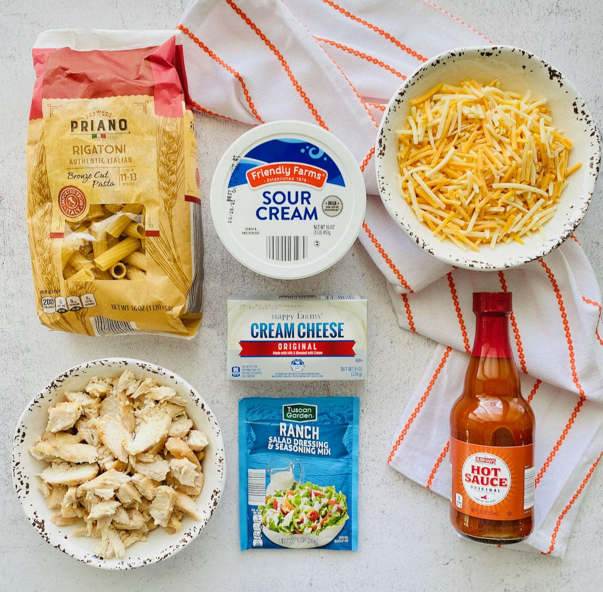 ingredients needed for buffalo chicken pasta.